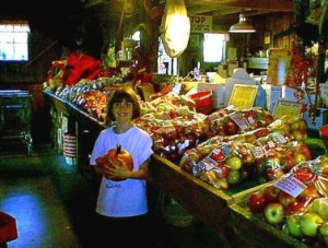 Jenna & apples